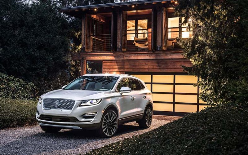 Lincoln Introduces All-New Redesigned MKC Luxury SUV