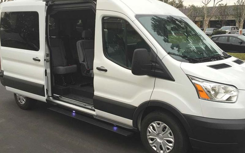 AMP Research Releases Powerstep for Vans and CUVs