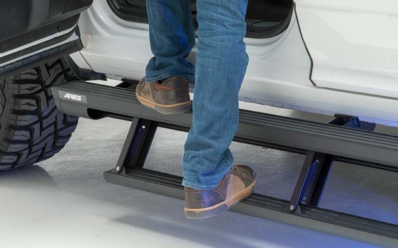 ARIES Introduces Next-Gen ActionTrac Powered Running Boards