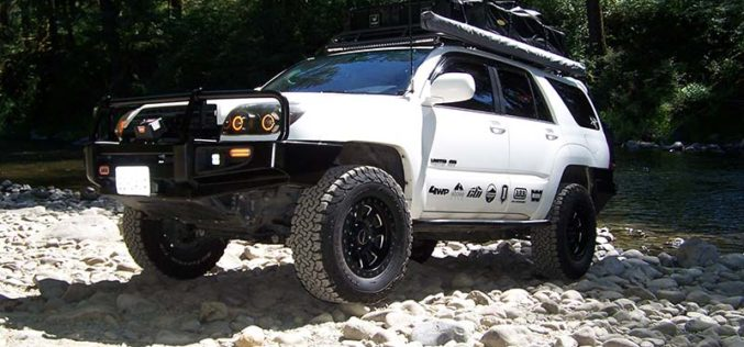 Edge of the Earth: Austin Jones' '05 Toyota 4Runner
