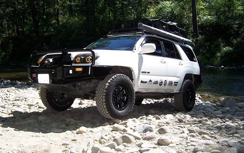 Edge of the Earth: Austin Jones' '05 Toyota 4Runner
