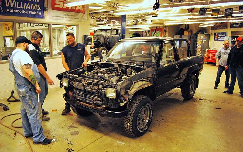 """Feature: High Schoolers Build """"Freedom"""" Truck for SEMA"""