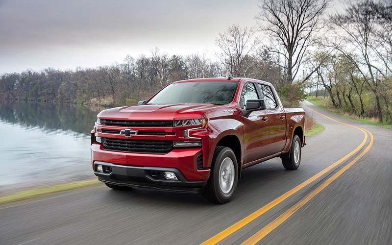 Chevrolet Reveals Engine and Transmission Options for 2019 Silverado, Including All-New Turbocharged Four-Cylinder