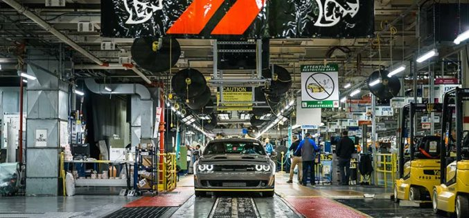 2019 Dodge Challenger SRT Hellcat Redeye Models Rolling Off Assembly Line