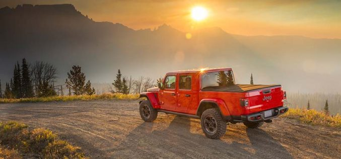 Jeep Finally Announces All-New 2020 Gladiator Pickup in L.A.