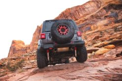 New DynoMax Super Turbo Axle-Back Exhaust System for Jeep Wrangler JL