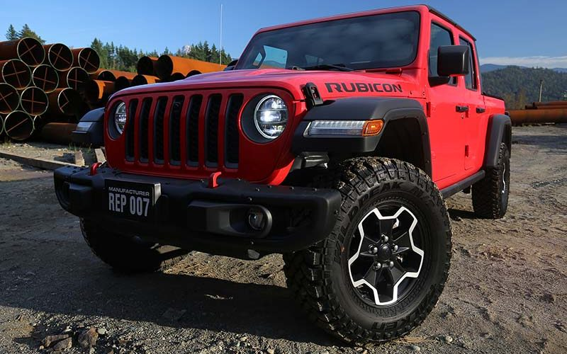 Exploring Mount Woodside in the 2020 Jeep Gladiator Rubicon and Mojave